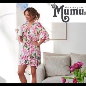 Show Me Your Mumu Rose Short Sleeve Robe